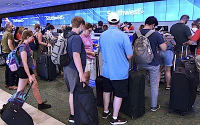 A Pandemic First: 2M Go Through US Airports Friday