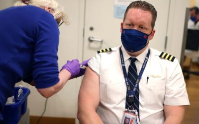 United Airlines Touts 99% Vaccination Rate: 593 Unvaccinated Facing Termination